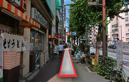 劇場通り(立食そば君塚脇)